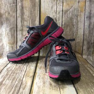 Nike Dual Fusion ST2 Tennis Shoes